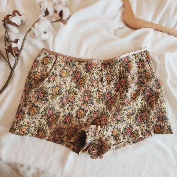 Blu Pepper Anthropologie Floral Embroidered Shorts
